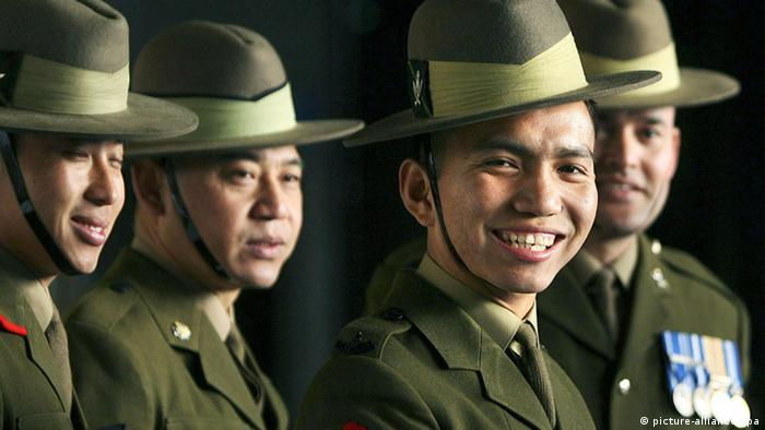 Gurkhas in Wellington Barracks. (dpa)
