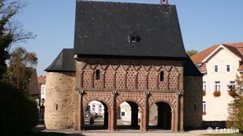 Kloster Lorsch tor zentral