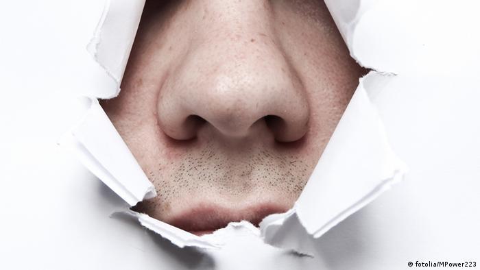 Symbolbild Geruchstest bei Parkinson (fotolia/MPower223)