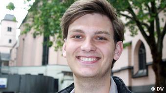 Christian Mertmann živi i studira u Kölnu
