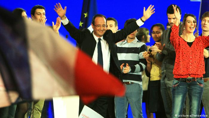 Hollande and supporters celebrate