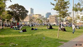 Viele Flüchtlinge leben in diesem Park im Süden Tel Avivs.