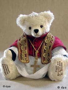 Papst Benedikt XVI-Teddy