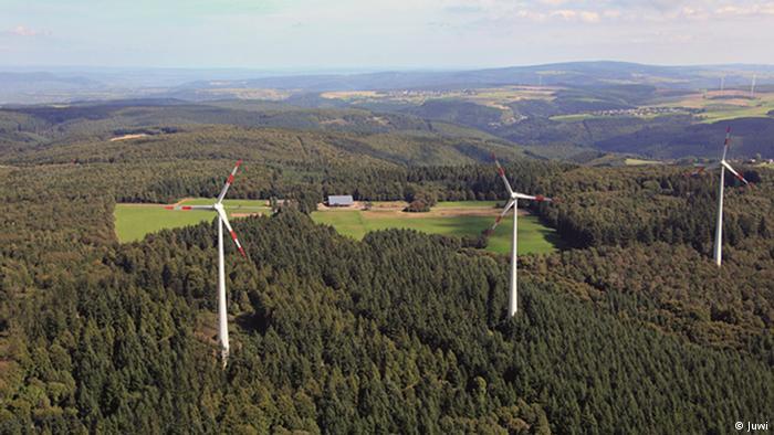 Windpark Mehringer Höhe. Windpark Mehringer Höhe. Copyright Juwi.   Stichwörter: Wind Windenergie im Wald Binnenland   Das Foto steht der DW zur kostenfreien Verwertung zur Verfügung. Zulieferer: Gero Rueter