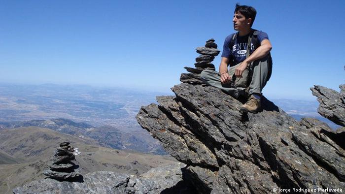 Хорхе Мерлеведе на хребте Сьерра-Невада в Испании