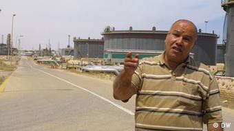 Khalifa Sahli, Zawiya oil factory