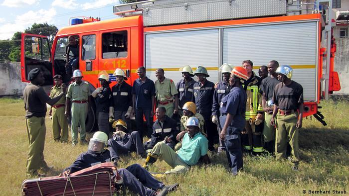 Freiwillige Feuerwehr am Dogodogo Centre in Daressalam. (Foto: Bernhard Staub)
