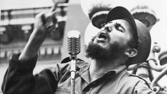 Fidel Castro, Cuba's new revolutionary leader, speaks to a crowd during his triumphant march to Havana, after the fall of the Batista regime, Feb. 6, 1959. (ddp images/AP Photo) ** B/W ONLY **