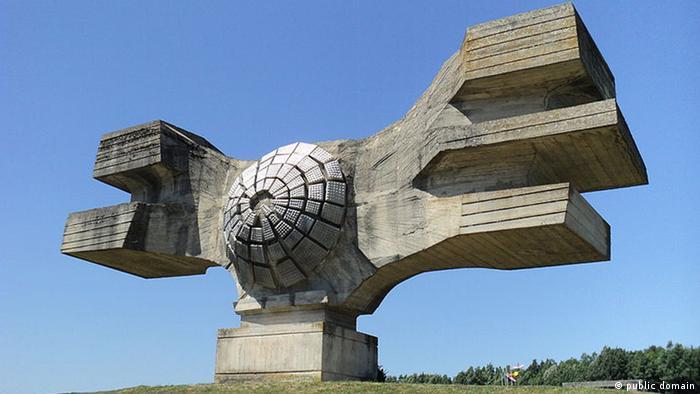 Spomenik revoluciji u Podgariću