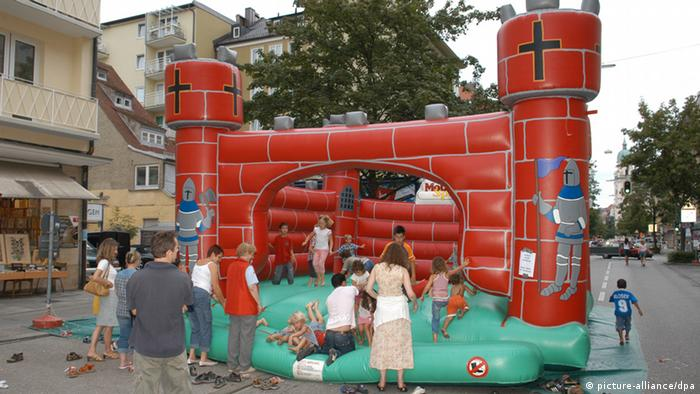 Inflatable jumper