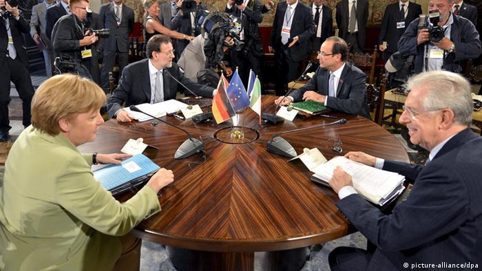 În colţuri opuse: Angela Merkel, Mariano Rajoy, Francois Hollande şi Mario Monti