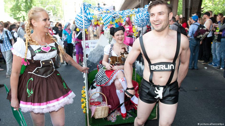 Loveparade and sex in berlin 2006 part 1 - 3 part 6