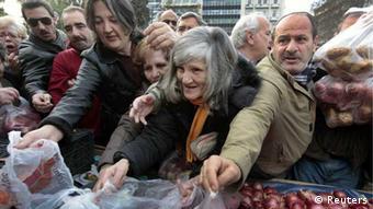 Griechenland / Markt / Athen *** Neuzuschnitt eines im Januar falsch zugeschnittenen Bildes ***