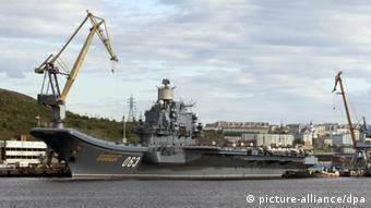 Russischer Flugzeugträger in Murmansk (Foto: dpa)