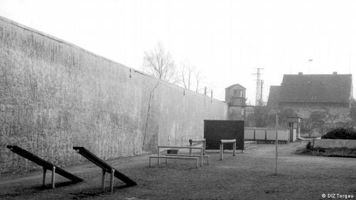 Sport- und Drillplatz für Jungen, auf dem Gelände des Jugendwerkshofes Torgau. Copyright: DIZ Torgau