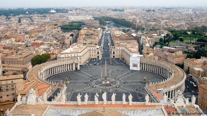 Petersdom San Pietro Rom Übersicht (Andrei Badau/Fotolia)