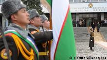 Soldaten der usbekischen Armee