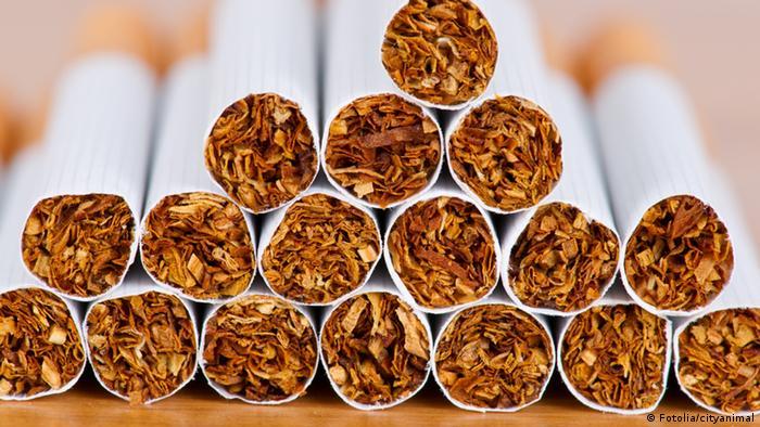 Pile of cigarettes Fotolia