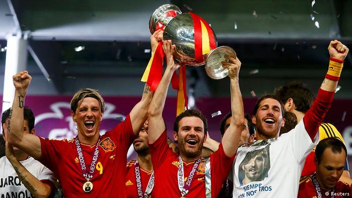 UEFA EURO 2012 Finale Spanien gegen Italien Andres Iniesta