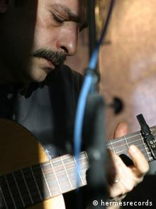 از سهیل نفیسی آلبومهای «ریرا» و «چنگ و سرود» در انتشارات هرمس منتشر شده است