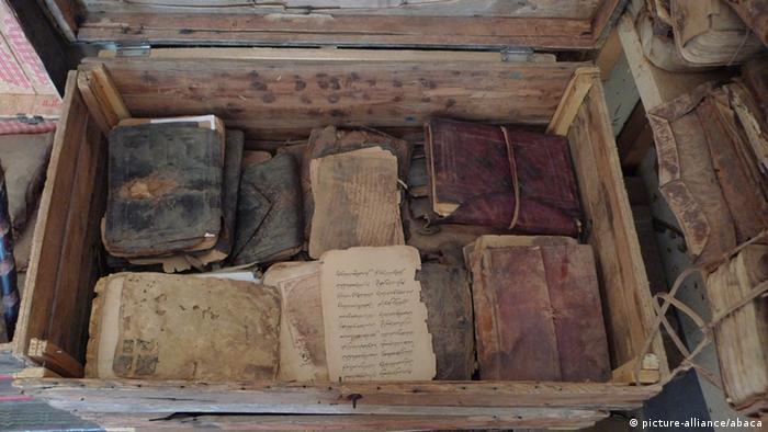 Zerstörung von Weltkulturerbe Manuskripte von Timbuktu in Gefahr
