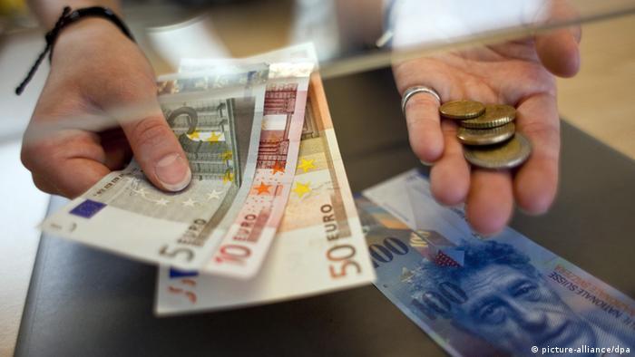 Обмен франков на евро в банке
