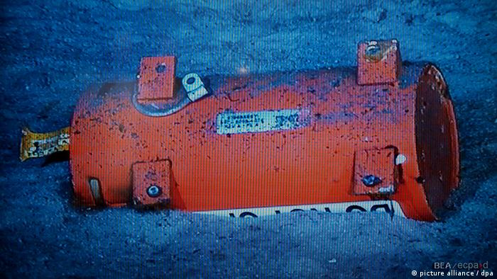Black box of the Air France Rio to Paris crash 2009 (picture alliance / dpa)