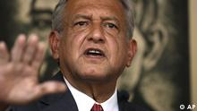 Andres Manuel Lopez Obrador, presidential candidate for the Democratic Revolution Party (PRD), speaks during a news conference in Mexico City, Tuesday, July 3, 2012. With 99 percent of the vote tallied in the preliminary count, Lopez Obrador trails by just six percentage points behind the election's apparent victor, Enrique Pena Nieto of the Institutional Revolutionary Party, or PRI. The narrower-than-expected margin is fueling suspicion among Lopez Obrador's followers about the fairness of the vote. Lopez Obrador said he would not accept the preliminary election results reported by the Federal Elections Institute and would wait until Wednesday, when the official results are to be announced, before deciding what he will do. (Foto:Dario Lopez-Mills/AP/dapd)