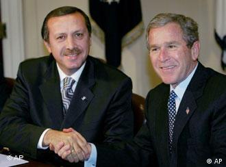 Başbakan Recep Tayyip Erdoğan, PKK konusunda ABD'den daha fazla destek bekliyor