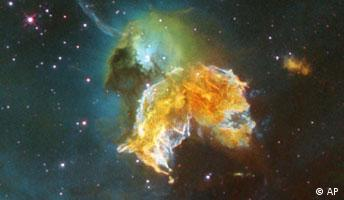 A violent and chaotic-looking mass of gas and dust is seen in this Hubble Space Telescope image of a relatively nearby supernova remnant