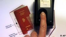 Neuer Reisepass Pass Bürgeramt Daten Datenschutz Meldegesetz Privatwirtschaft Weitergabe