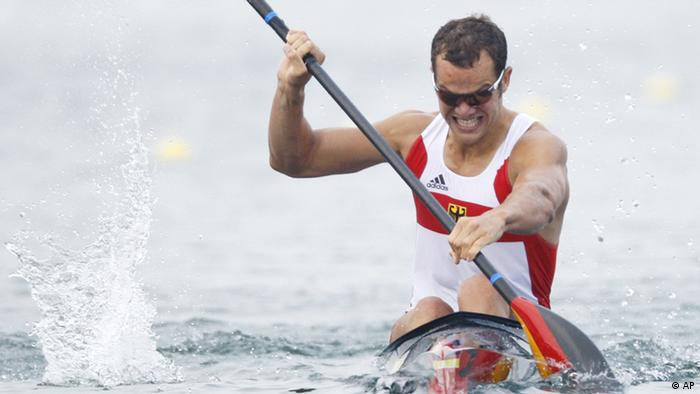 Germany's Max Hoff paddles to win his Kayak single 1000m men semifinal at the Beijing 2008 Olympics Wednesday, Aug. 20, 2008. (AP Photo/Robert F Bukaty)
