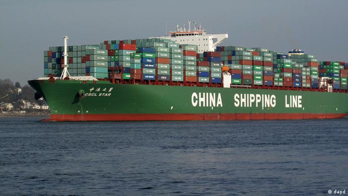 Symbolbild China Handel Containerschiff (dapd)