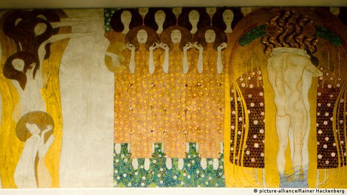 Gustav Klimts Beethovenfries (picture-alliance/Rainer Hackenberg)