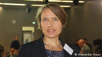 Julia Rohloff, Associate Professor ESC Rennes School of Business