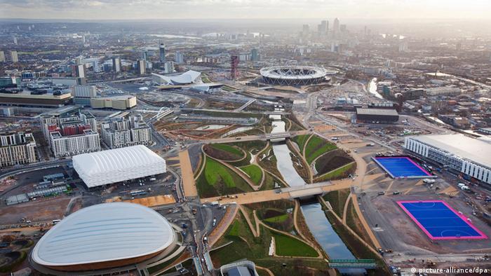 Luftaufnahme des Olympiaparks in London (Foto: dpa)
