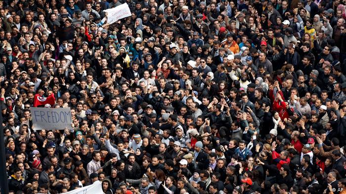 Tunesien Massendemonstrationen gegen Präsident Zine El Abidine Ben Ali in Tunis