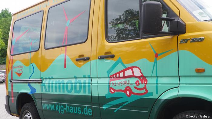 Minivan converted into the Klimobil