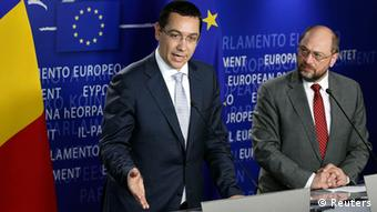 Ponta in Brüssel mit Parlamentspräsident Martin Schulz (Foto: Reuters)