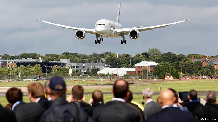 Презентация Boeing 787 на Фарнборо-2012