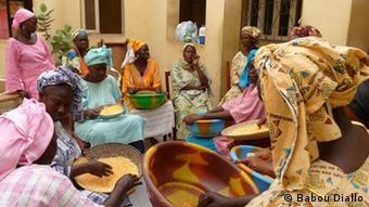 Wanawake wakiwa sokoni nchini Senegal