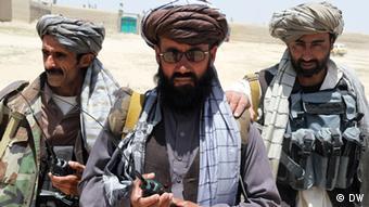 Angehörige von Milizen in der Provinz Ghazni (Foto: DW)