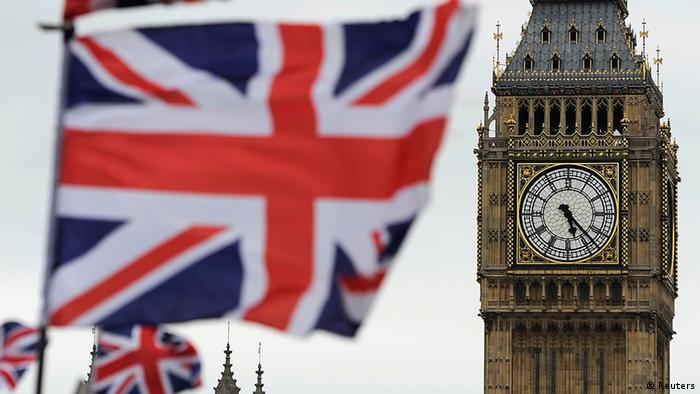 Flags are seen above a souvenir kiosk near Big Ben clock at the Houses of Parliament in central London (Photo: REUTERS/Paul Hackett)