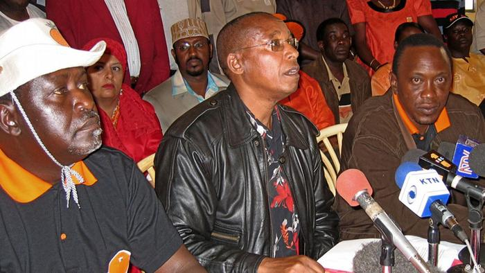 From left, Cabinet minister, Raila Odinga, opposition politician, Mutula Kilonzo, Leader of the Official Opposition Uhuru Kenyatta and Politician Joseph Kamotho with No campaign supporters of the country's draft constitution give details of the killing of three people during one of their rallies at a news conference in Nairobi, Saturday, Nov. 12, 2005. Police in Kenya shot dead three people during a rally by opponents of the country's draft constitution, a senior opposition leader said Saturday. (ddp images/AP Photo/Sayyid Azim)