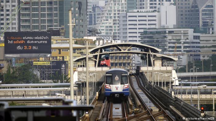 Stadtansicht Bangkok - Verkehr (picture-alliance/ZB)
