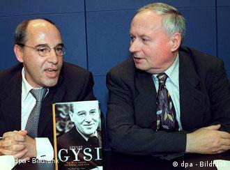 Gysi e Lafontaine: socialista e dissidente social-democrata aliados