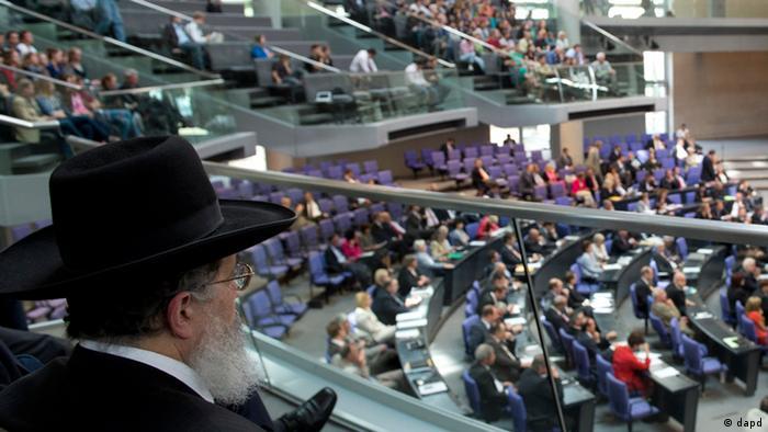 Bundestag Debatte rituelle Beschneidungen (dapd)
