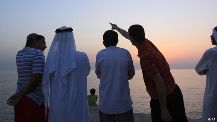 رؤية الهلال في البحرين، صورة من الأرشيف