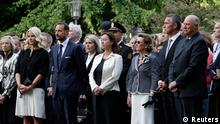 Members of Norway's royal family Crown Princess Mette-Marit (2nd L), Crown Prince Haakon (3rd L), Queen Sonja (3rd R) and King Harald (R), Norway's Prime Minister Jens Stoltenberg (2nd R) and his wife Ingrid Schulerud (4th R) attend a ceremony to mark the one year anniversary of the twin Oslo-Utoeya massacre by self confessed killer Anders Breivik, near the destroyed government building in Oslo July 22, 2012. REUTERS/Berit Roald/NTB Scanpix (NORWAY - Tags: ANNIVERSARY CIVIL UNREST ROYALS) THIS IMAGE HAS BEEN SUPPLIED BY A THIRD PARTY. IT IS DISTRIBUTED, EXACTLY AS RECEIVED BY REUTERS, AS A SERVICE TO CLIENTS. NORWAY OUT. NO COMMERCIAL OR EDITORIAL SALES INNORWAY