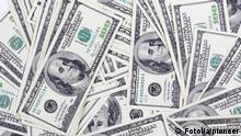 Стодолларовые банкноты